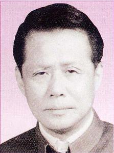 吴长霖  校长(任期1958.7-1969.6)