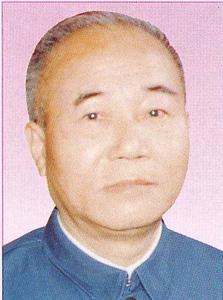 游冠章  校长(1978.8-1983.10)