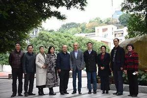 新疆奇台县来榕教育考察团莅临我校