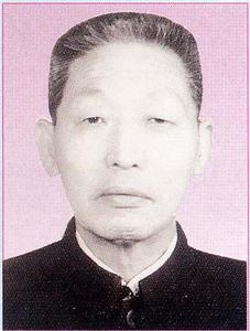 李希哲  革委会主任、书记(1971.9-1978.7)